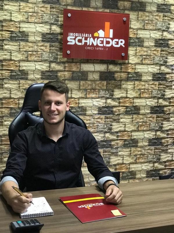 Marco Aurélio Schneider